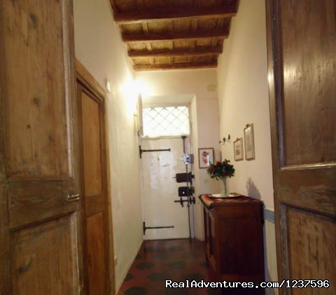 Entrance of the apartment - Elegant apartment near piazza Navona