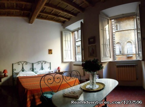Other view of the bedroom - Elegant apartment near piazza Navona