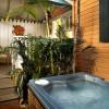 Tropical Inn, Pineapple Hideaway