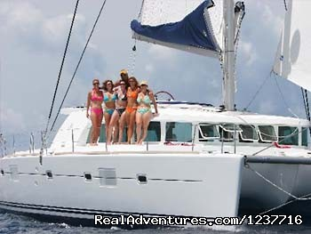 Motu Underway  - Motu Catamaran Yacht for BVI