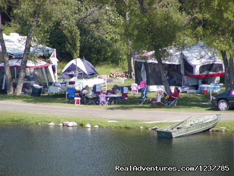 Lakeside Campsites - Indian Trails Campground