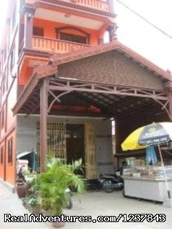 - Hak's Angkor Guesthouse