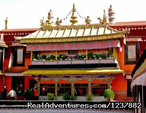 Jokhang Temple - Small Group Expedition for 7 Days Mt. Everest Tour