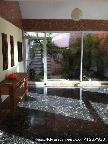 Lobby - Beautiful Apt in Isla Verde-Free bus to beach