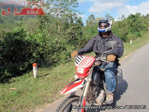 Motorcycling West to East Northern Vietnam 05 days