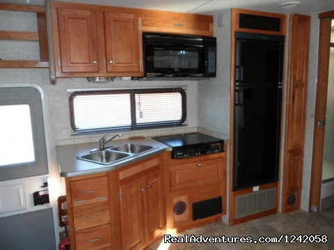 Conquest Super-C Motorhome, Kitchen1 - Privately Owned 'CONNIE' 34' Class Super-C RV