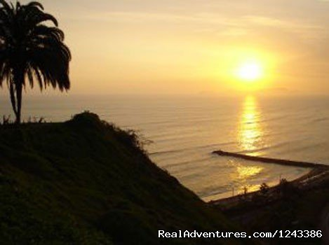 New duplex 2 bedroom, 2.5 bathroom apartment just close to Miraflores Coastline. The building is on a quiet back street with a 24-hour doorman. The best location and the pleasure to being in Miraflores!!!