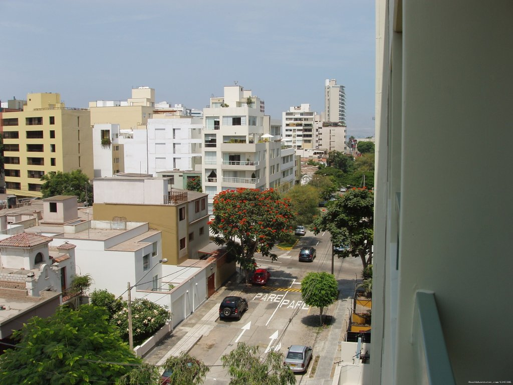 View from the Balcony | Image #3/7 | New comfortable duplex close to Miraflores Beaches