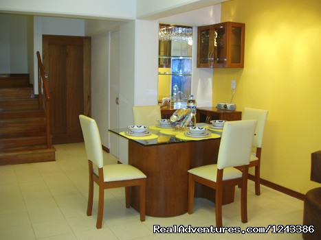Foyer, Bar and Dining Area - New comfortable duplex close to Miraflores Beaches