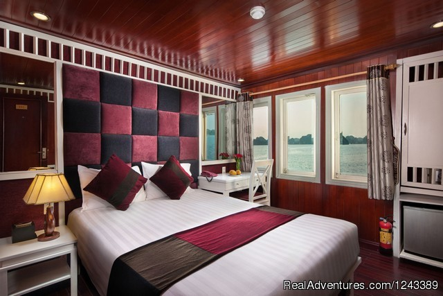 Paloma Cruise: Premium Ocean View Room