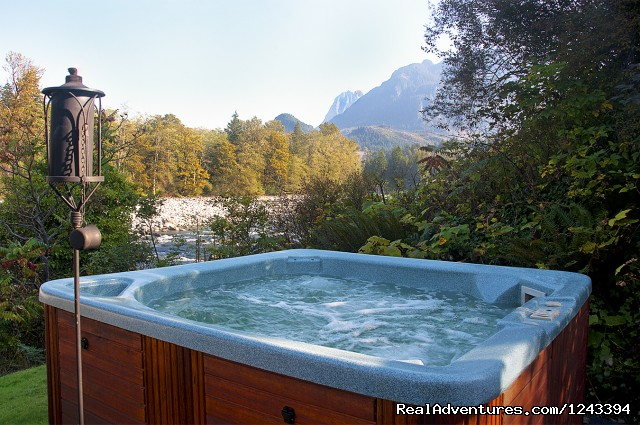 Hot Tubs - Cabin Rentals at Stevens Pass & Leavenworth
