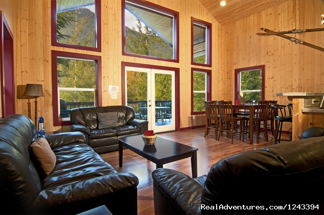 Stylish Interiors - Cabin Rentals at Stevens Pass & Leavenworth
