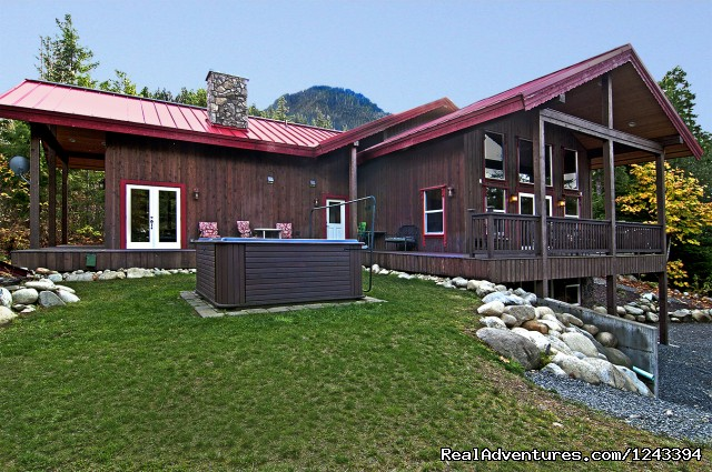 Luxurious Lodges - Cabin Rentals at Stevens Pass & Leavenworth