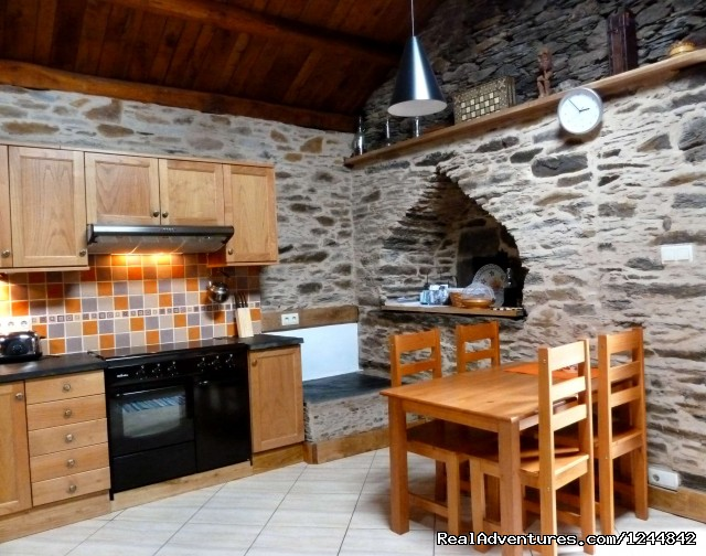 Kitchen dining area - Rural retreat in Northern Spain- unique location
