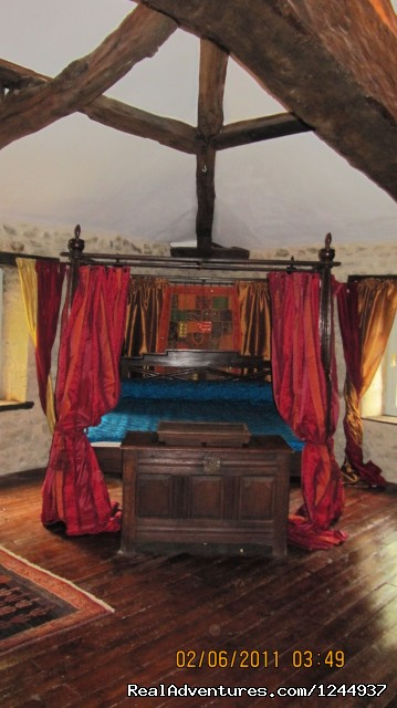 Le Moulin master bedroom (#5 of 10) - Charming chateau/mill on river nr Bordeaux