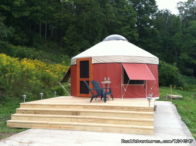 Yurt Deck - Yurt for Rent- Private Nature Retreat