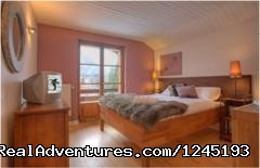 Chalet Les Vernays peaceful bedrooms - Yoga, Massage & Adventure Retreat in Chamonix, FR