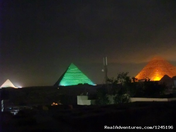 Apartment with pyramids view roof for rent