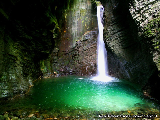 'La Cisterna' Waterfall - Italy' secret region - Abruzzo