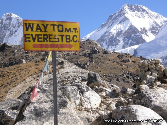 Way to Mt Everest Base Camp  - Amazing Authentic Treks & Expedition (P) Ltd.