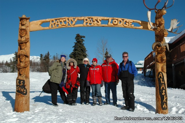 Rainy Pass Lodge - Iditarod Sled Dog Race Tours & Arctic Adventure