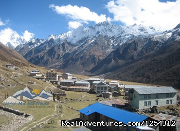 Trekking in Nepal: trekking in everest region