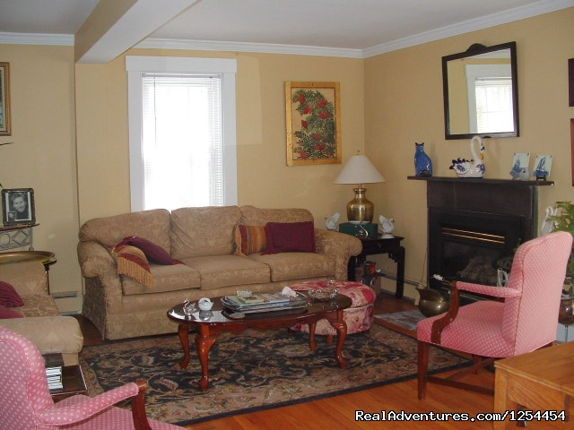 Living Room - Experience New England Charm @ White Swan