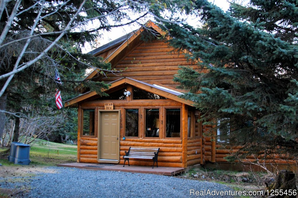 Bear Den Vacation Home | Image #5/26 | Unique Lodging and Exciting Adventures in Alaska