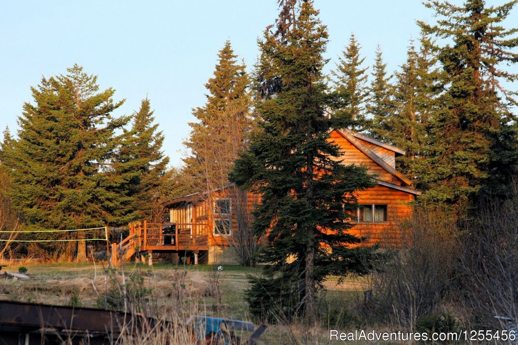 Bear Den Vacation Home | Image #13/26 | Unique Lodging and Exciting Adventures in Alaska