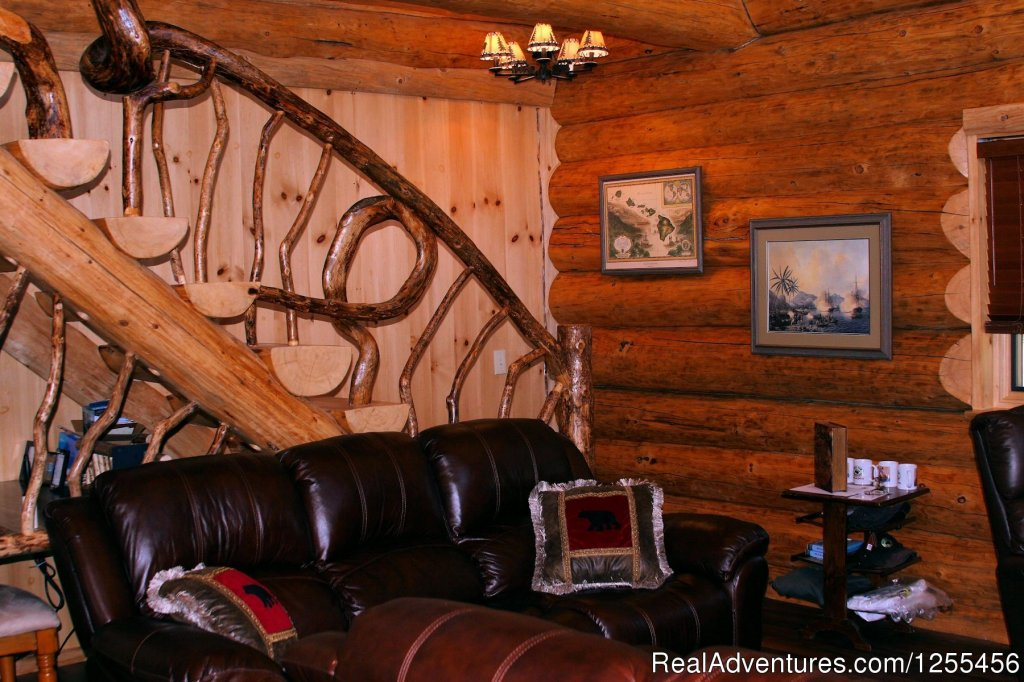 Captan Cook Lodge - Den | Image #21/26 | Unique Lodging and Exciting Adventures in Alaska