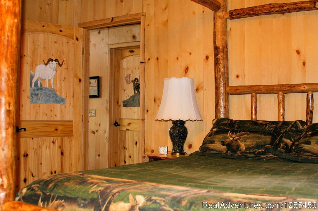 Captain Cook Lodge - Queen Bed Room | Image #24/26 | Unique Lodging and Exciting Adventures in Alaska