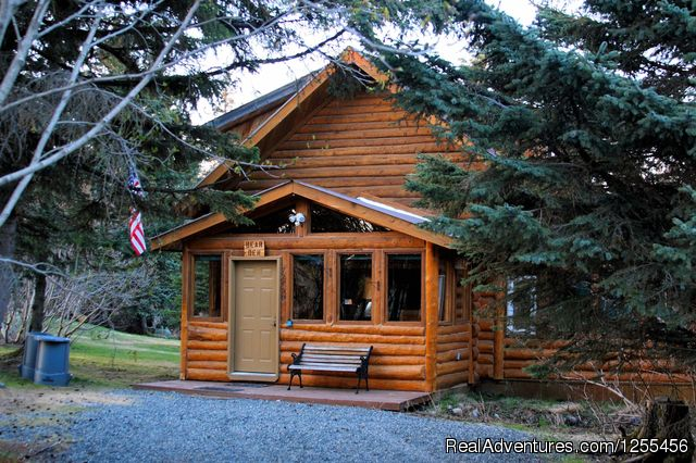 Unique Lodging and Exciting Adventures in Alaska Bear Den Vacation Home
