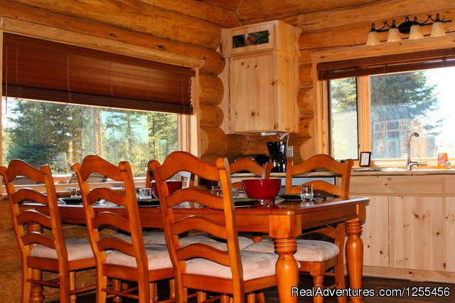 Captain Cook Ldoge - Dinning area - Unique Lodging and Exciting Adventures in Alaska