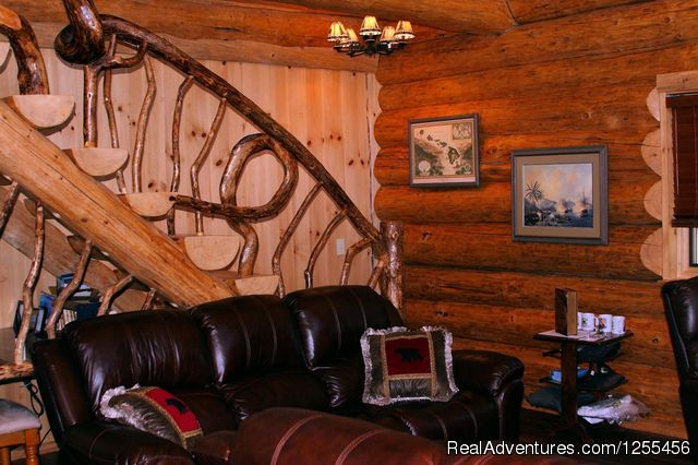 Captan Cook Lodge - Den (#21 of 26) - Unique Lodging and Exciting Adventures in Alaska