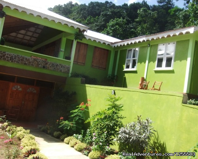 Serenity Lodges - Affordable vacation in Dominica