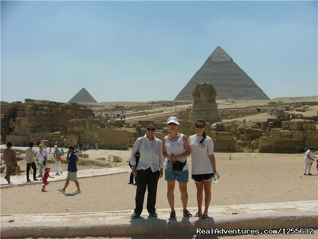 Giza Pyramids - Tour To The Pyramids And The National Museum