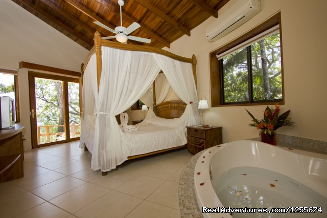 Tropical Suite / Jacuzzi - Tango Mar Beach Hotel Spa & Golf Resort Costa Rica