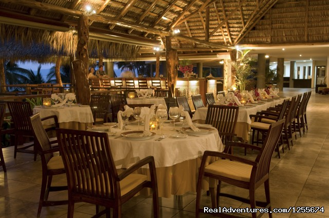 Cristobal Restaurant - Tango Mar Beach Hotel Spa & Golf Resort Costa Rica