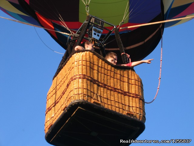 Fun for all ages - Sky Riders Balloon Team