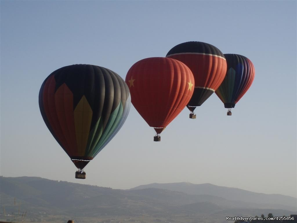 4 in flight over Park City | Image #2/6 | Morning Star Balloons
