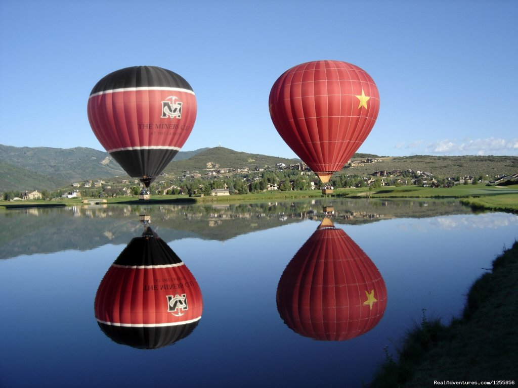 Come join Morning Star Balloons for one of our daily Park City Utah hot air balloon rides over the local majestic mountains. We are Park City's premier hot air balloon company for a reason, and that's because we simply provide the best experience.