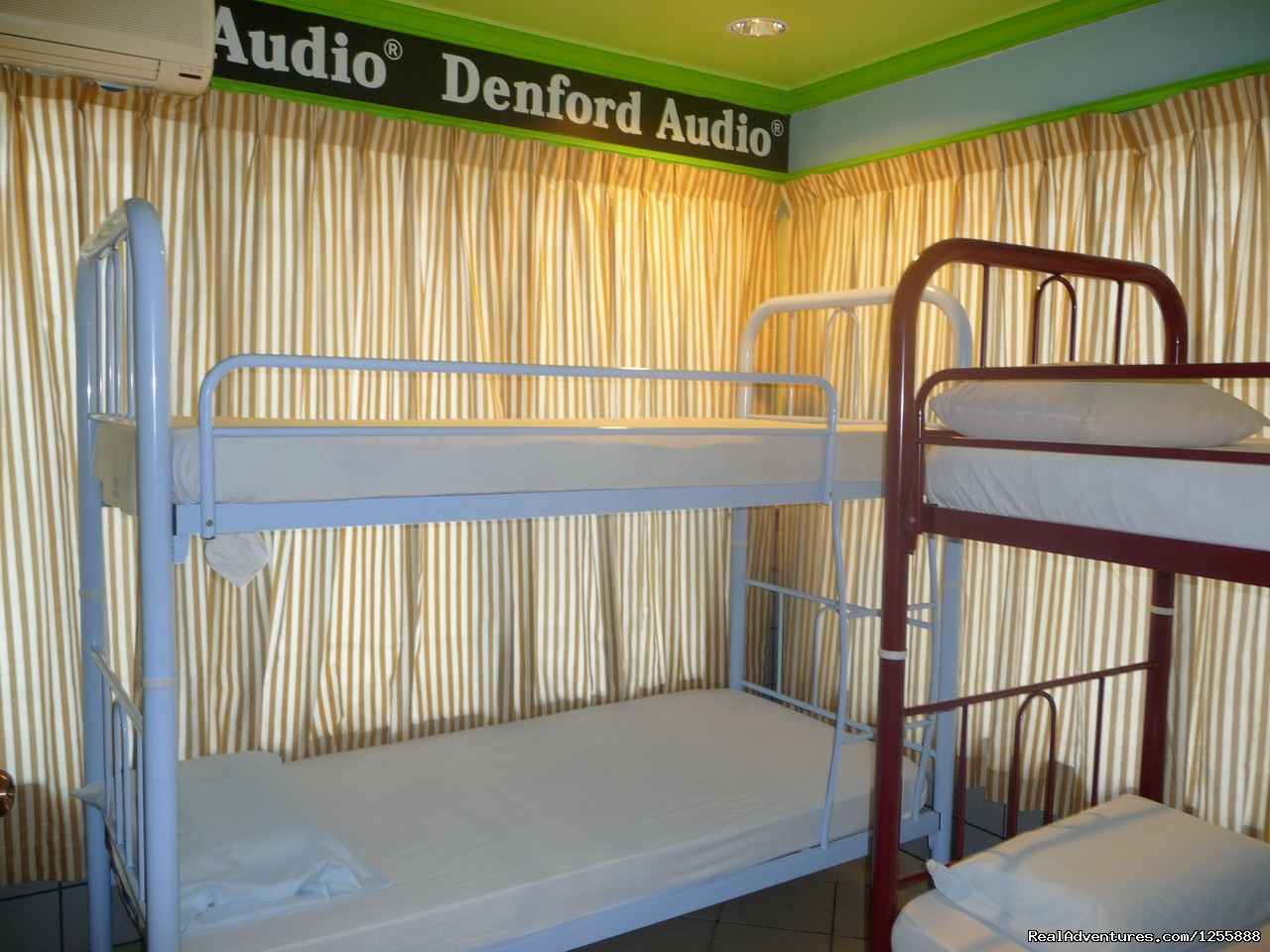 Dorm rooms | Image #1/10 | Sandakan, Malaysia | Youth Hostels | Rose Guesthouse