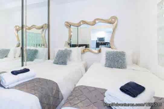 Bedroom 3 with 1 King or 2 Twins | Image #9/9 | 3 Room Art Deco Oceanfront Suite at Shelborne