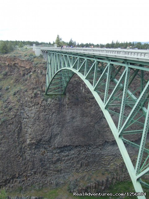 Bungee Expeditions Crooked river bridge 300ft.