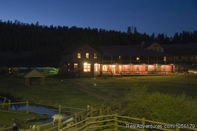The Lodge - Waunita Hot Springs Ranch
