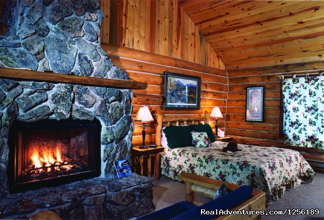 All the comforts of home. - Escape to North Fork Ranch CO, 1hr from Denver