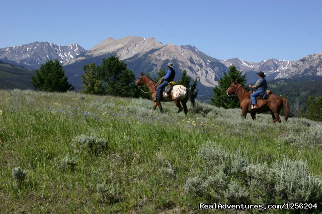 Nine Quarter Circle Ranch - Montana Adventure: Ride in Awesome Mountain Scenery