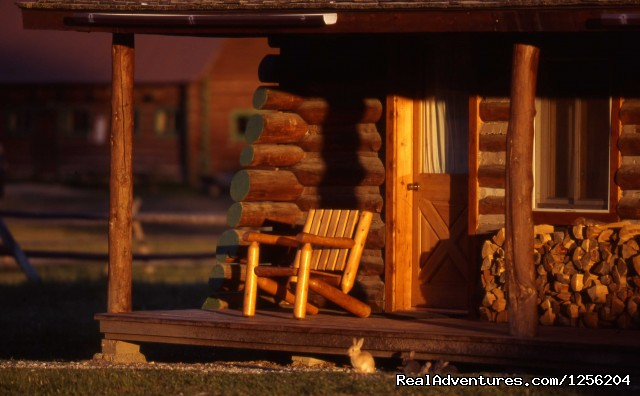 Private Cabins - Nine Quarter Circle Ranch - Montana Adventure