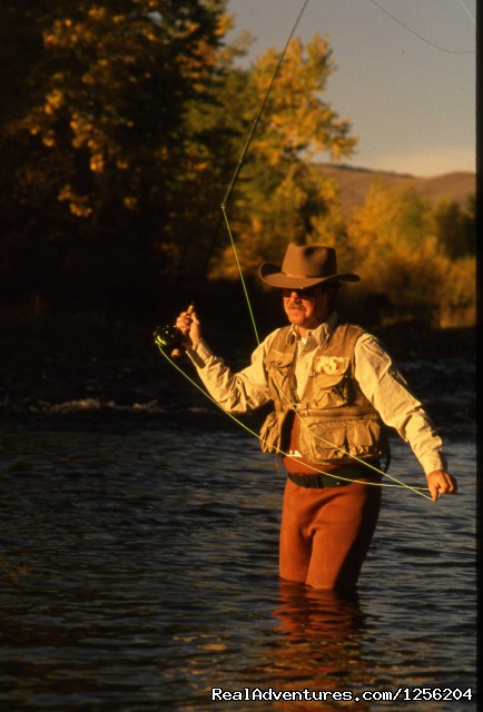 Flyfishing - Nine Quarter Circle Ranch - Montana Adventure