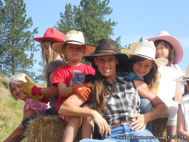 Hay Ride - K Diamond K Ranch